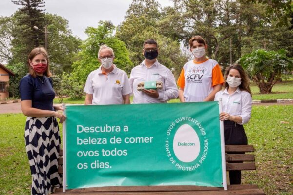 Green Egg Campaign: Dr. Maike Maziero_ Lineu Wutzke _Roberto Montanhini Neto_ Lídia Neumann Schewe Corsino _Maria Luiza Ruiz ©Delacon